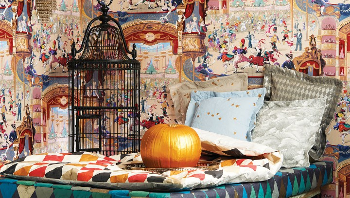 cole&son-whimsical-cabaret-wallpaper-galleriamia